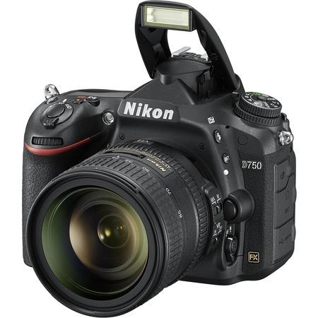 Nikon D750 AF-S 24-85mm VR