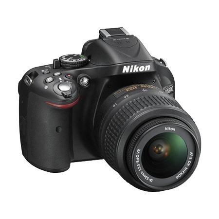 Nikon D5200 18–55mm VR