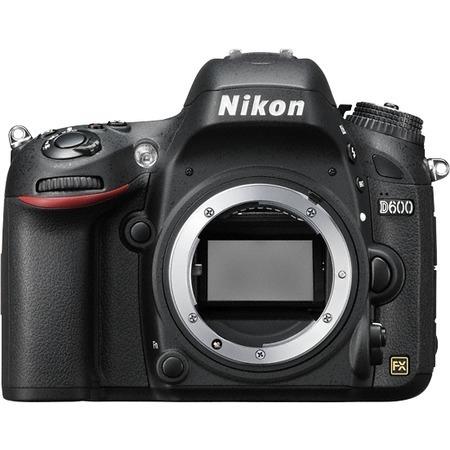 Nikon D600 AF-S 24-85mm VR Kit