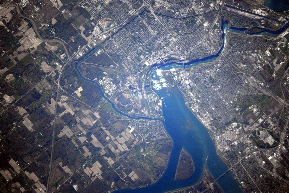 Ниагарский водопад. Фото космонавта Андрея Борисенко