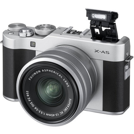 Fujifilm X-A5 15-45mm Kit