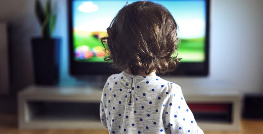 влияет ли телевизор на зрение ребенка