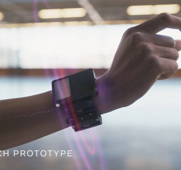 Facebook's new bracelet will replace a computer mouse