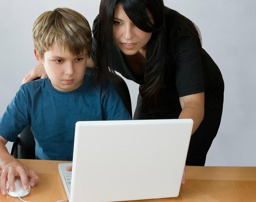 соцсети чем занимаются дети в отсутствии родителей