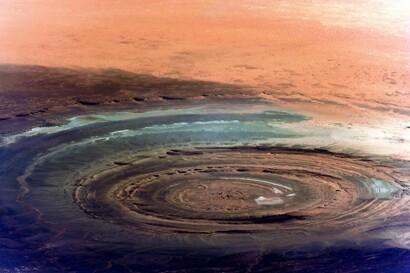 Картинки по запросу NASA показало фото «Глаза Сахары»
