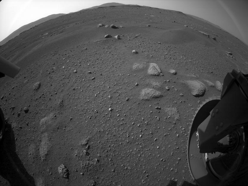 Как выглядит Марс. NASA показало первые видео Perseverance - Hi-Tech Mail.ru