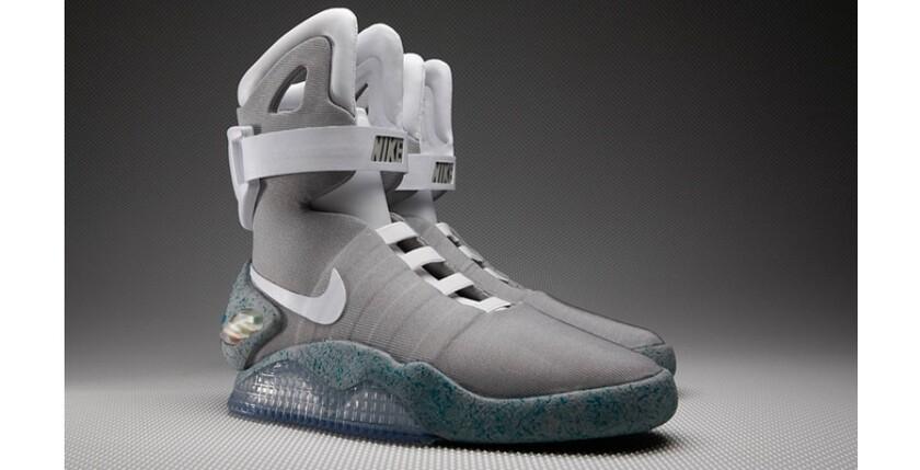 f8eb06a41 Стоит сказать, что ограниченная партия этой модели кроссовок, включающая  1500 пар, уже была выпущена компанией Nike в 2011 году.