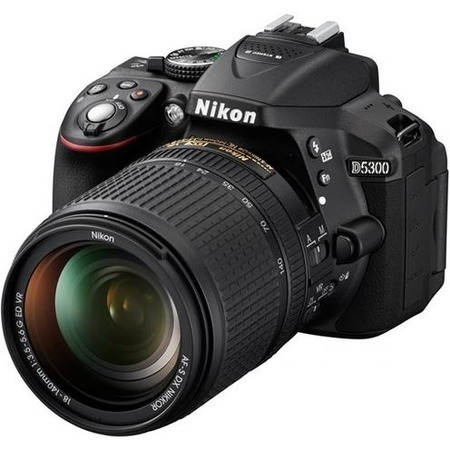 Nikon D5300 18-140 VR