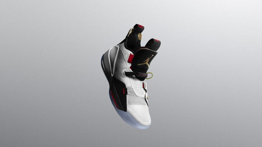 Стоят такие кроссовки  175, или около 12 тысяч рублей, старт продаж  запланирован на 18 октября. Если вам кажется это дорого, то за кроссовки  как у Марти ... 0ac14806e90