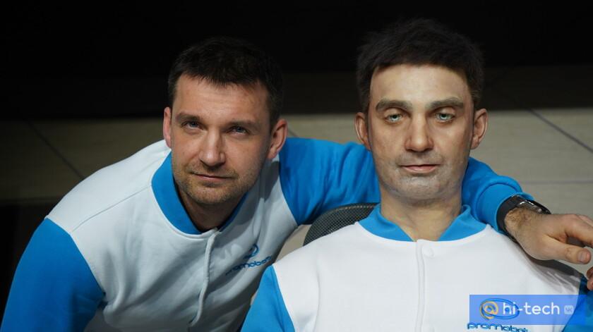 В России создали робота-двойника человека.