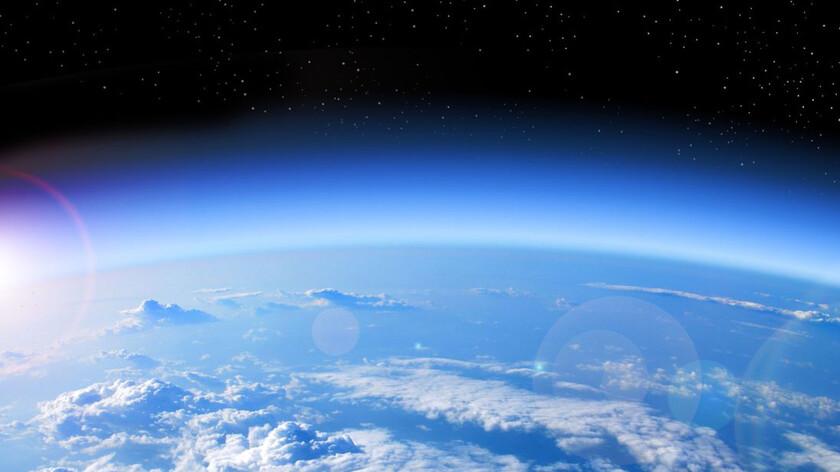Полное восстановление озонового слоя Земли произойдет в 2060 году.