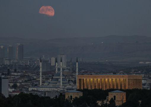 Красная луна 27 июля