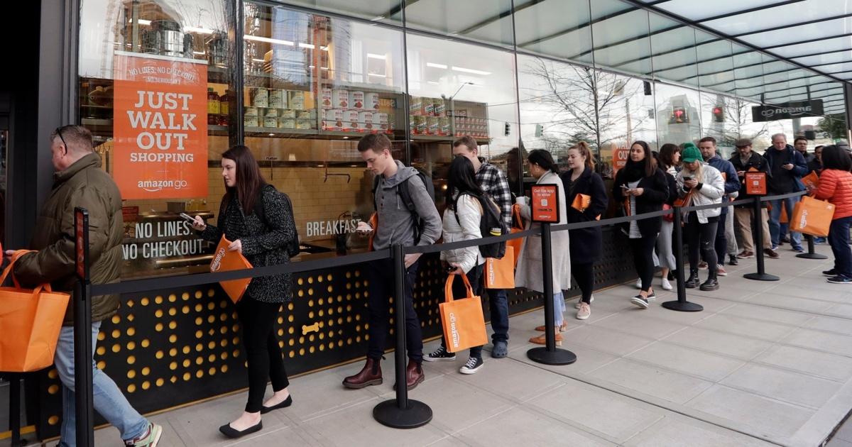 ВСША открылся «магазин безочередей» Amazon Go. Впервый же день кнему выстроилась очередь
