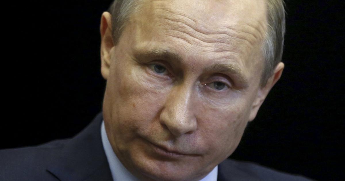 В кабинете Путина случайно засняли облучатель