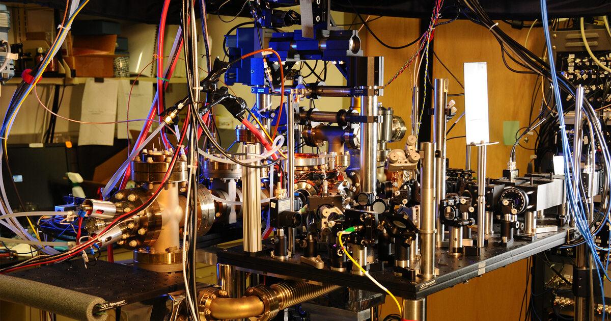 Физики «садятся нахвост» темной материи