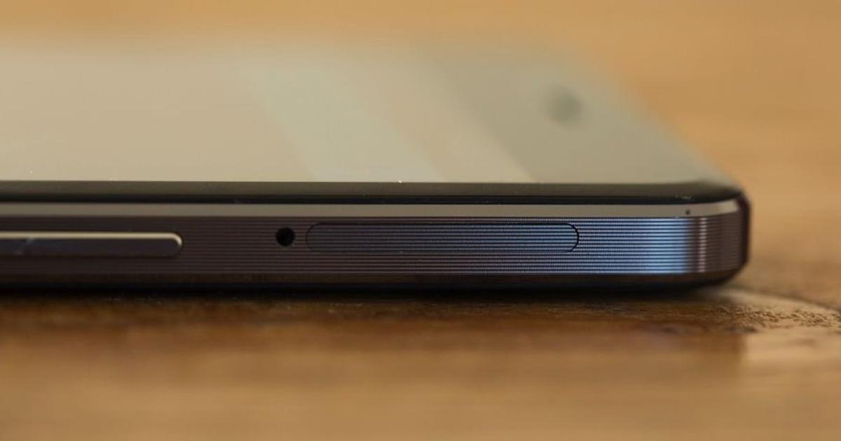 Официально представлен керамический смартфон OnePlus X