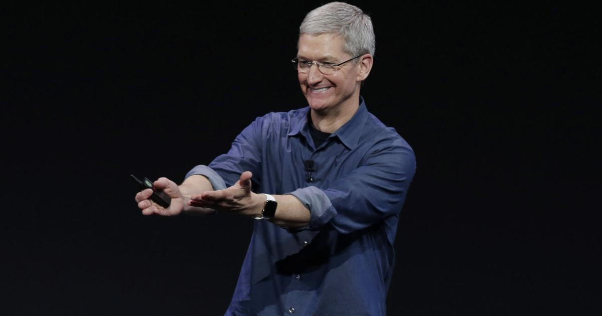 Глава Apple разрешил смотреть порно