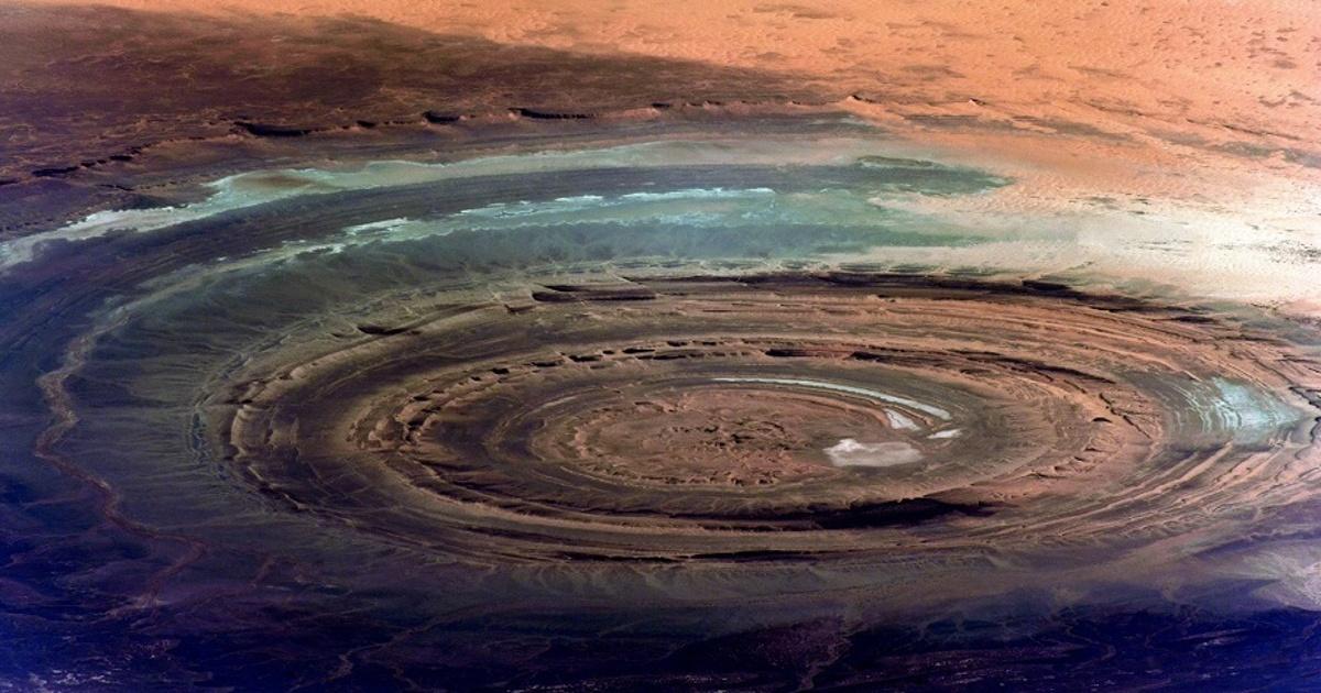 Космонавт показал «глаз Сахары». Как делают снимки вкосмосе