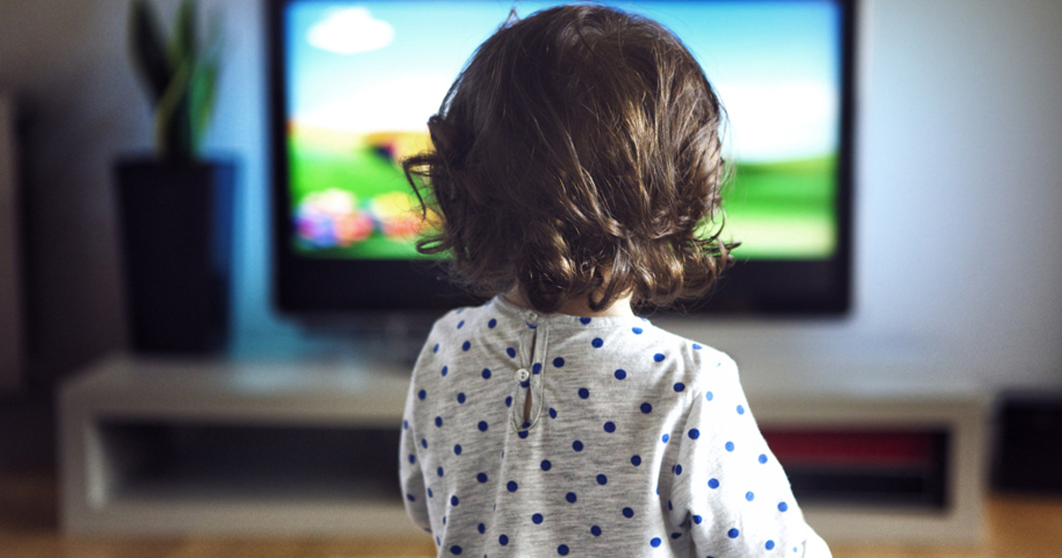watching tv is bad for children argumentative Click away to see how watching tv, particularly prolonged viewing, can hurt your health and reduce your quality of life spoiler: it's more than just sitting that does the damage.