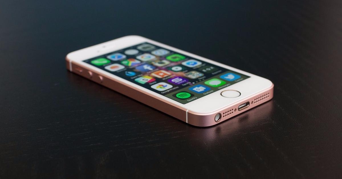 iPhoneSE стал самым продаваемым смартфоном вРоссии