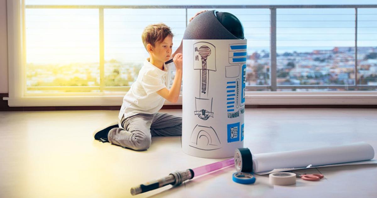 Создан семейный умный робот, похожий наR2D2