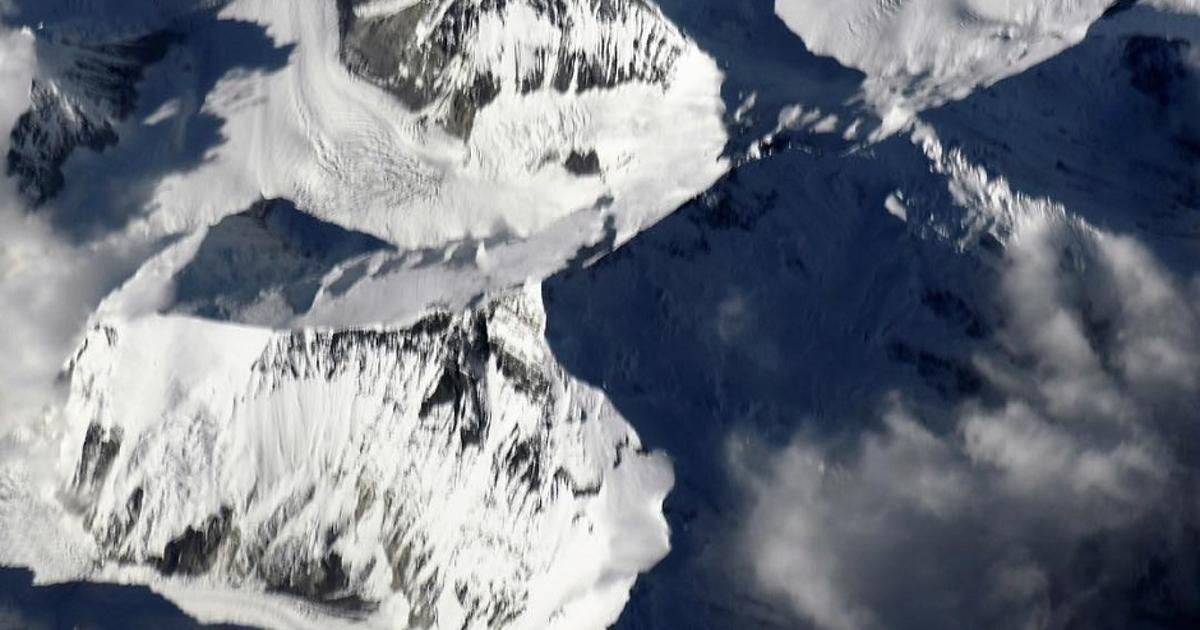 Фото: космонавт показал «вершину мира». Как снимают вкосмосе