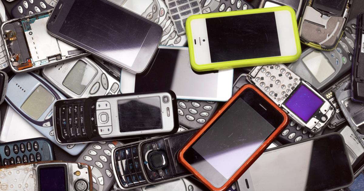 Samsung займется переработкой старых телефонов дляизвлечения кобальта